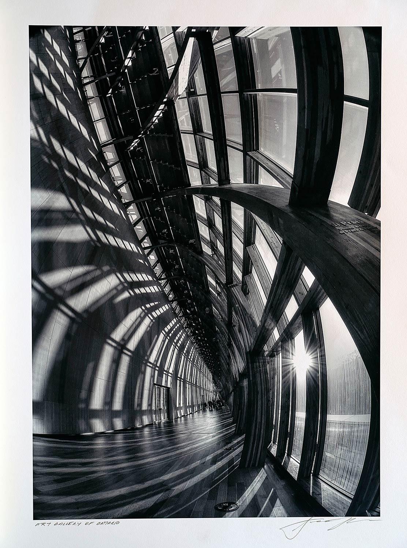 print-Canada-Ontario-Toronto-art-gallery-of-ontario-hallway