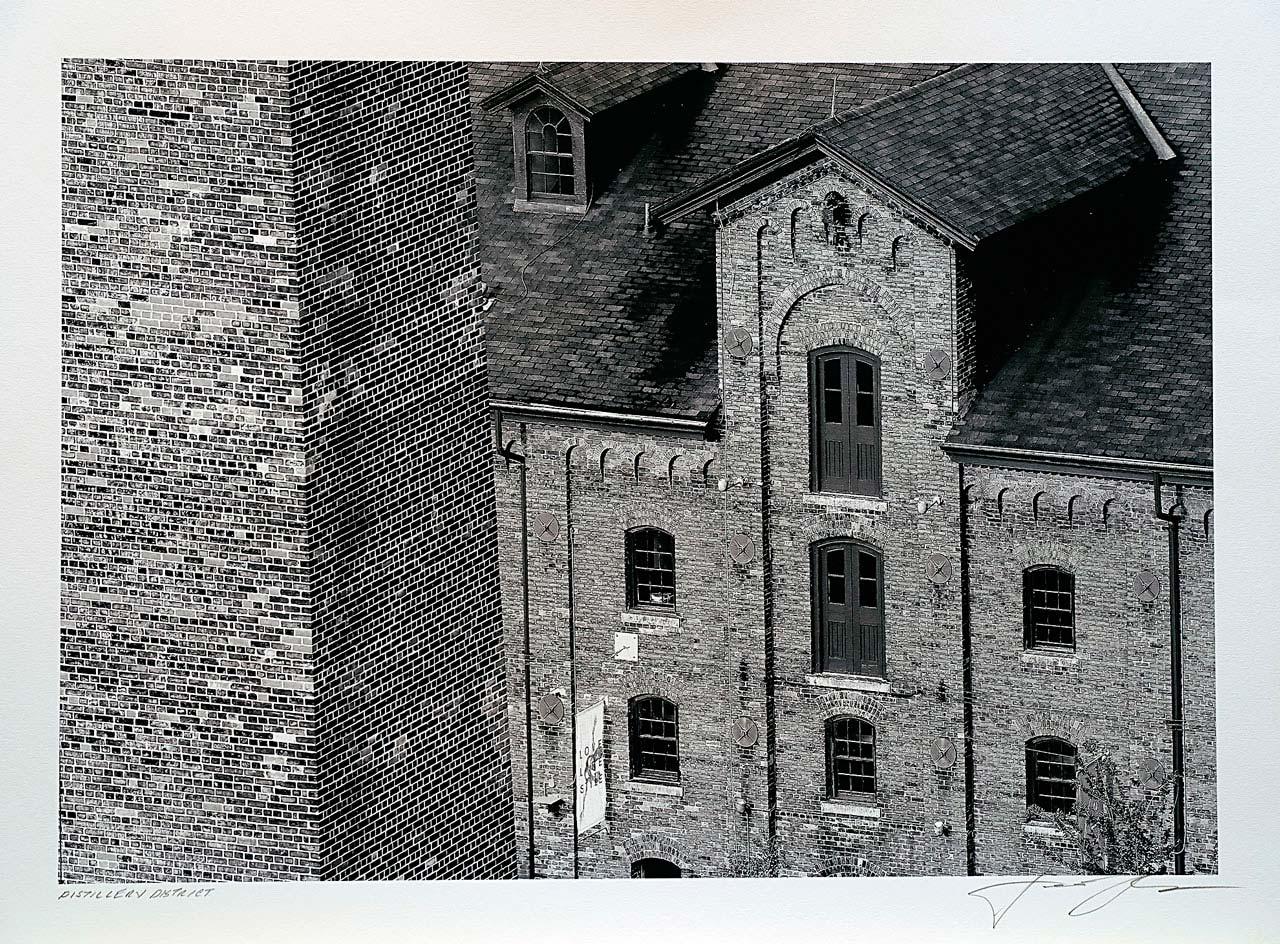 print-Canada-Ontario-Toronto-distillery-district